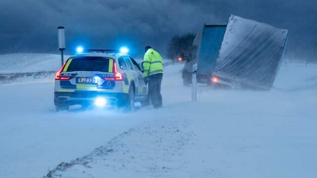 """Flera olyckor i Skåne: """"Mycket halt väglag"""""""