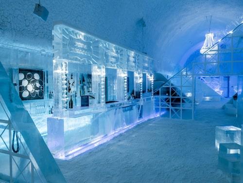 Ishotellet i Jukkasjärvi, själva sinnebilden av ett vinterhotell.