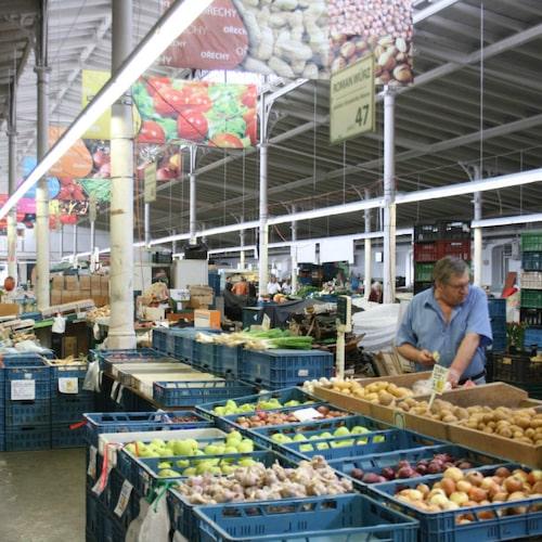 Missa inte marknaden i Holešovice.