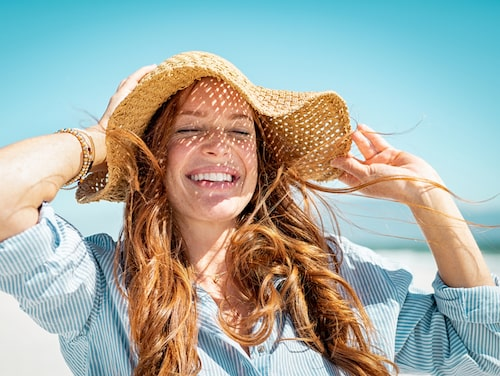 Den som vill bli av med sin melasma gör bäst i att skydda sig i solen. Att inte sola, smörja in sig med solskydd som har hög SPF och skydda ansiktet med en solhatt är exempel på åtgärder som kan hjälpa.