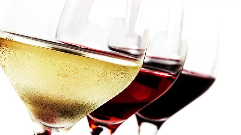 För en ännu bättre vinupplevelse kan det vara värt att investera i flera olika vinglas, säger experten.