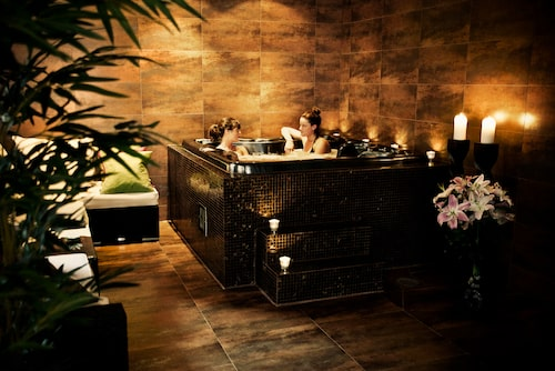 Spa By Us.