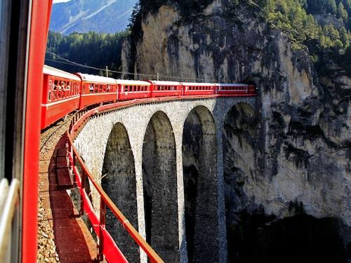 Schweiz är ett av alla Europeiska länder som du kan åka till med interrailkort.