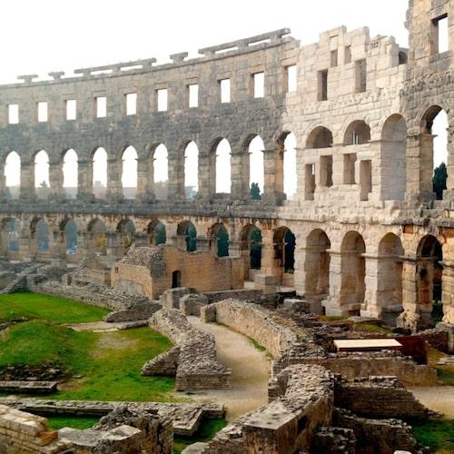 """Amfiteatern i Pula, eller """"Arena"""" som den kallas, har ungefär 2000 år på nacken."""
