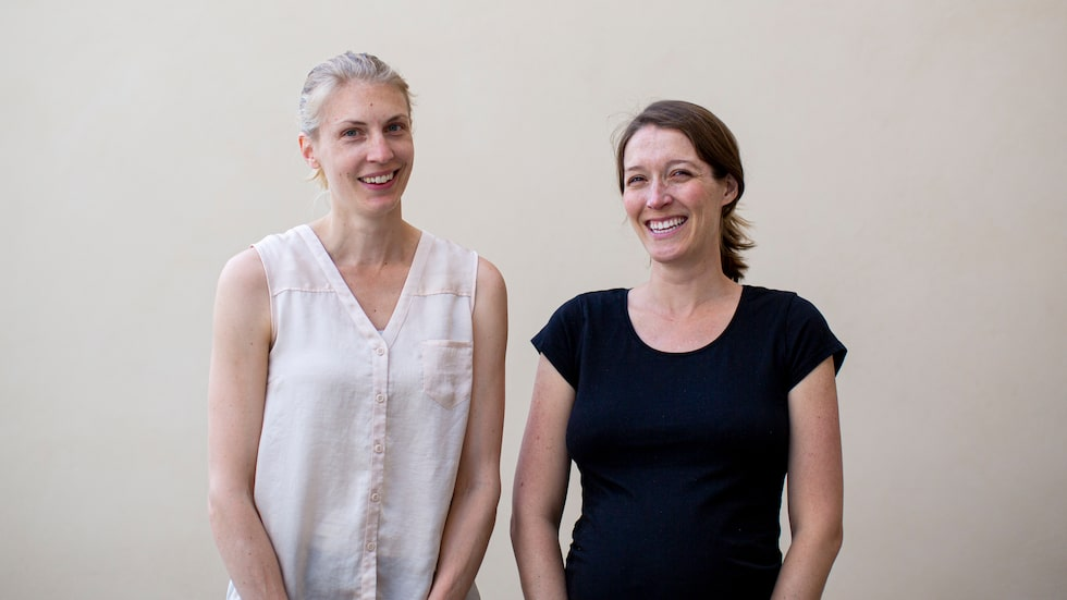 Hanna och hennes kollega Sarah försöker även göra det enklare för andra storstadsbor att leva mer avfallsfritt. I deras onlinebutik kan storstadsbor beställa hem ekologiska livsmedel utan engångsförpackningar.