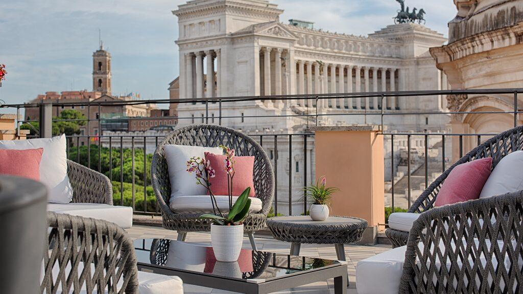 Från takterrassen på NH Collection Roma Fori Imperiali har man en fantastisk utsikt över Rom.