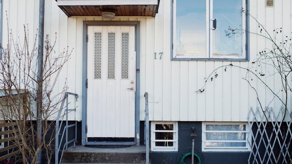 Det lilla radhuset från 1940-talet byggdes för att stadsbor skulle komma nära naturen.