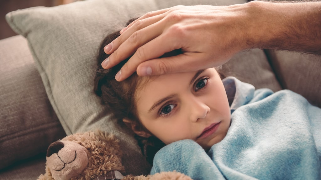 I de allra flesta fall är feber hos barn helt ofarligt, men ibland kan barn bli väldigt påverkade av febern.