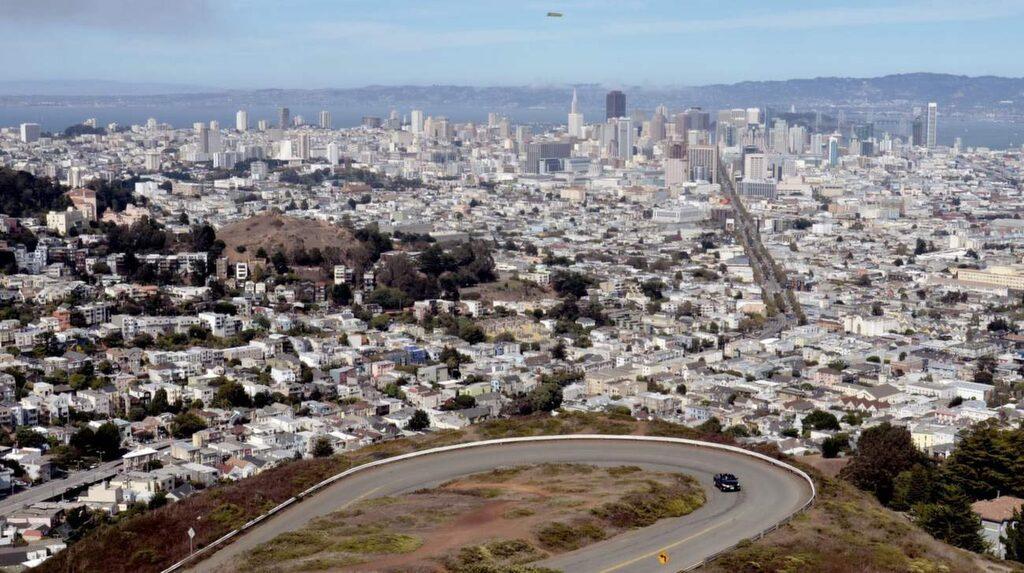 Det är på toppen av Twin Peaks du hittar de bästa vyerna över San Francisco.