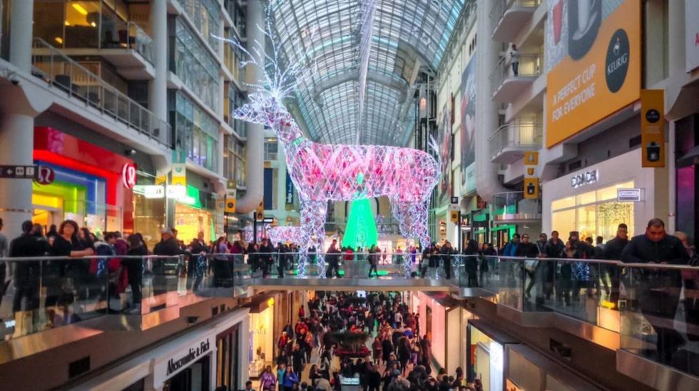 Butiker och shoppingcenter är ofta fullproppade under de här readagarna.