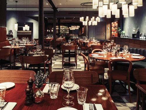 Lyxiga och eleganta restaurang Noi ligger vid Norrmalmstorg i centrala Stockholm.