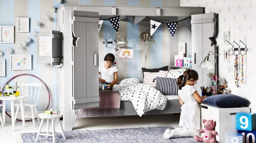 Många barn gillar kojkänsla. Här nya kojsängen Vimmerby, från Mio. Finns i grå- och vitlasyr