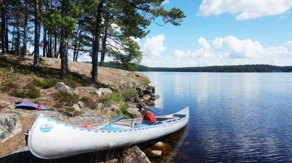 Tivedens nationalpark består av ett 30-tal sjöar och tjärn.