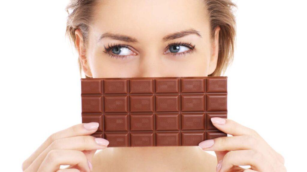 Både fett och socker kan snart tas bort ur chokladen.