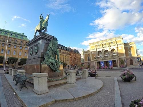 Gustav Adolfs torg, som 1778 hette Norrmalmstorg. Här firades att Gustav III fått en son.