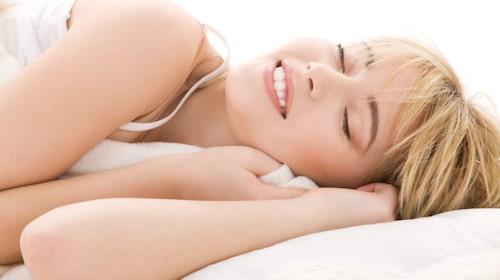 Prioritera sömn för att varva ner och må bra.