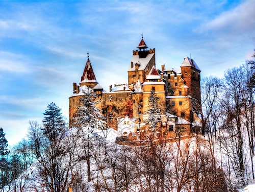 Slottet Bran i Transsylvanien bör besökas på vintern om den rätta stämningen ska infinna sig.