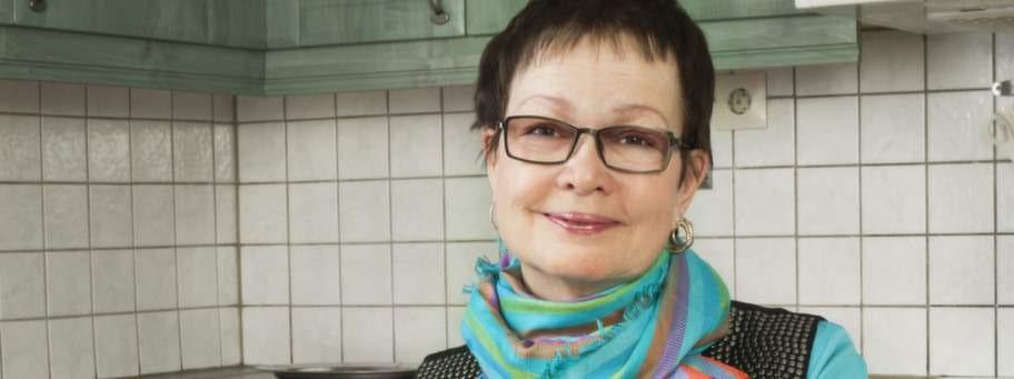 Kikki Sandström gick från 76 till 66 kilo med hjälp av lågkolhydratkost. Hon fick bättre hälsa och behöver mindre mediciner.