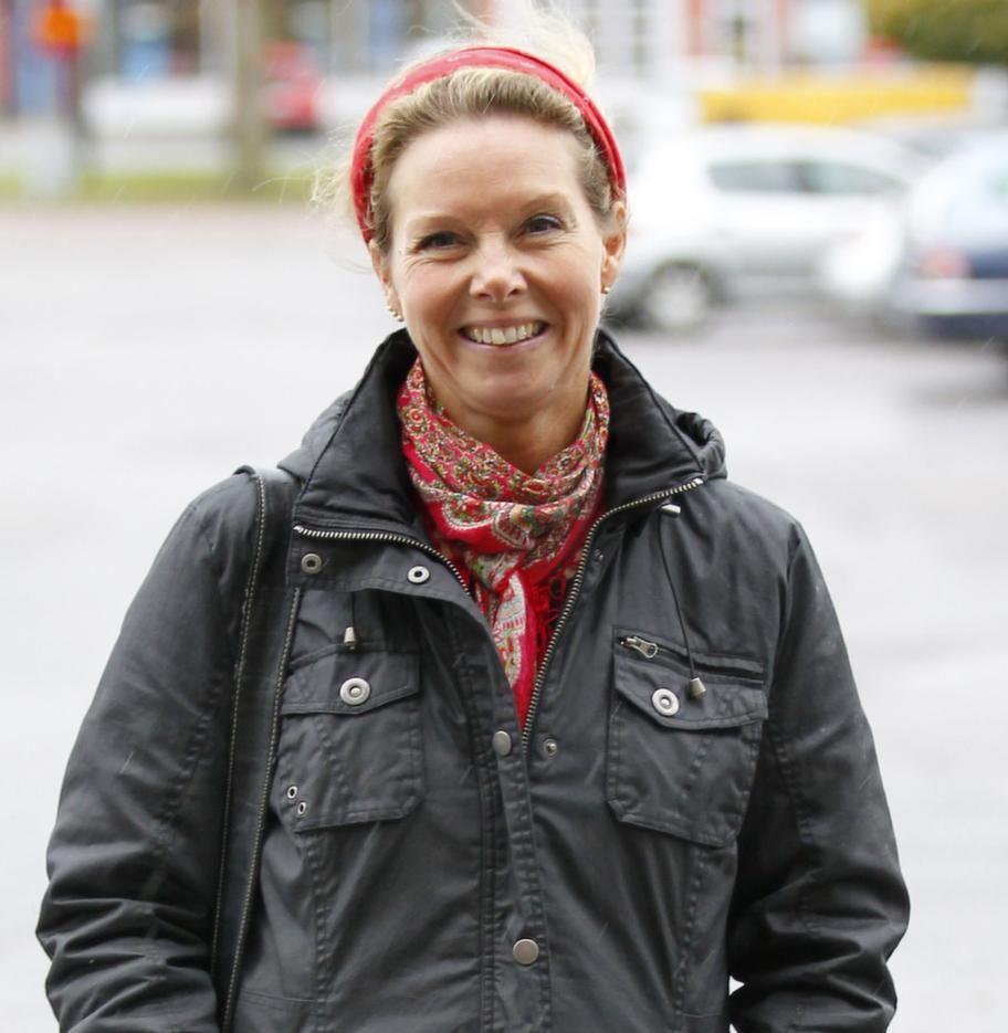 Christine Andersson, 45, bondfru, Valön:- Ja, det kompletterar maten. Jag får inte i mig tillräckligt med vitaminer.