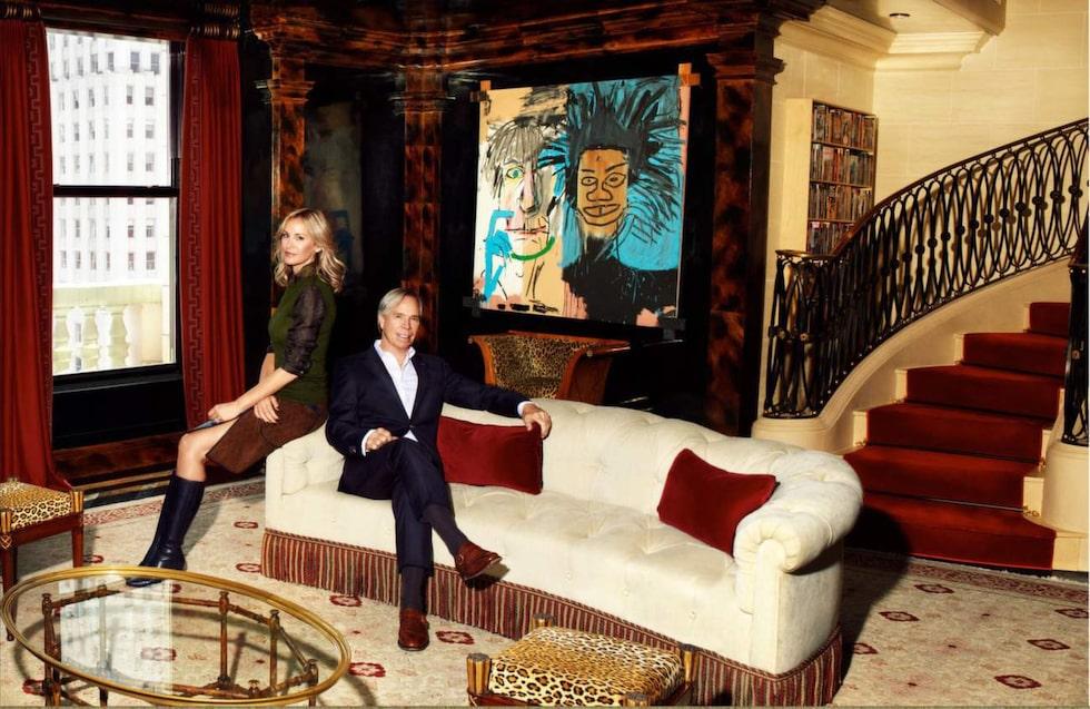 Tommy Hilfiger och hustrun Dee har inte bott länge i Plaza-byggnaden, och nu ska de sälja.