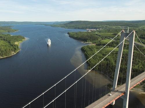 Birka Cruises anordnar kryssningsresor till Höga kusten och Luleå.
