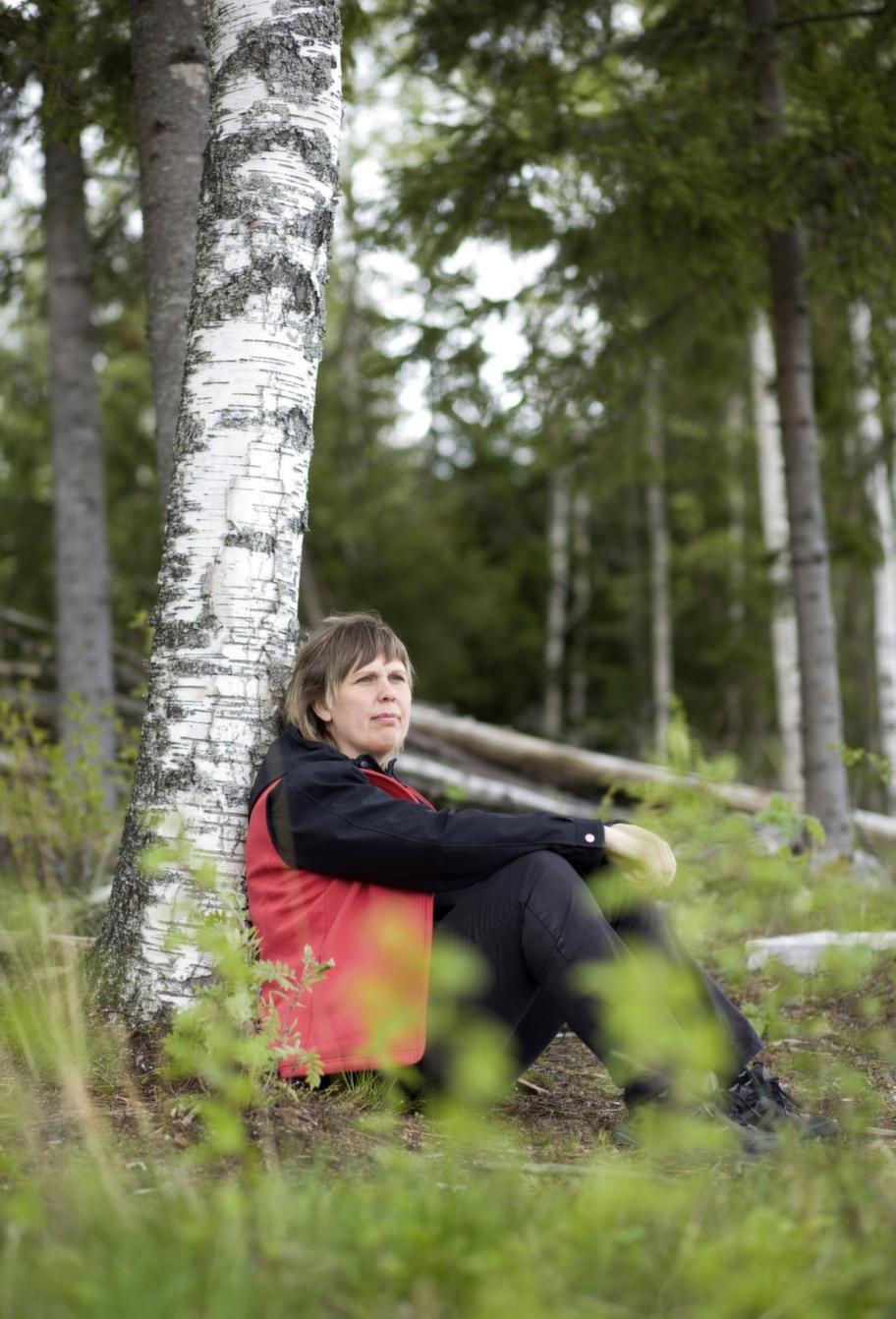 """Harmonisk i naturen. """"För mig är räddningen att sitta ute i naturen varje dag. Där blir jag avslappnad och kan återhämta mig"""", säger Ulrica Sundqvist."""
