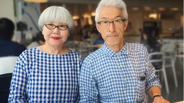 Instagram-stjärnor på äldre dar. Det här paret bär matchande kläder varje dag - och har på kort tid fått över 90 000 följare på Instagram.