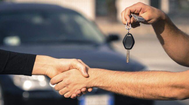 Du prenumererar på bilen istället för att köpa den, kort sagt.
