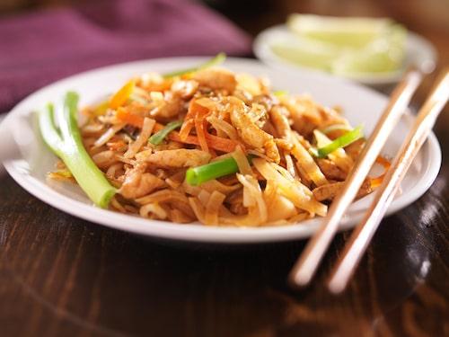 Phat thai är en klassisk thailändsk maträtt.