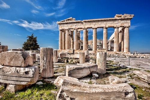 Aten är bra att besöka när sommarvärmen ebbat ut. Akropolis är höjdpunkten historiskt.