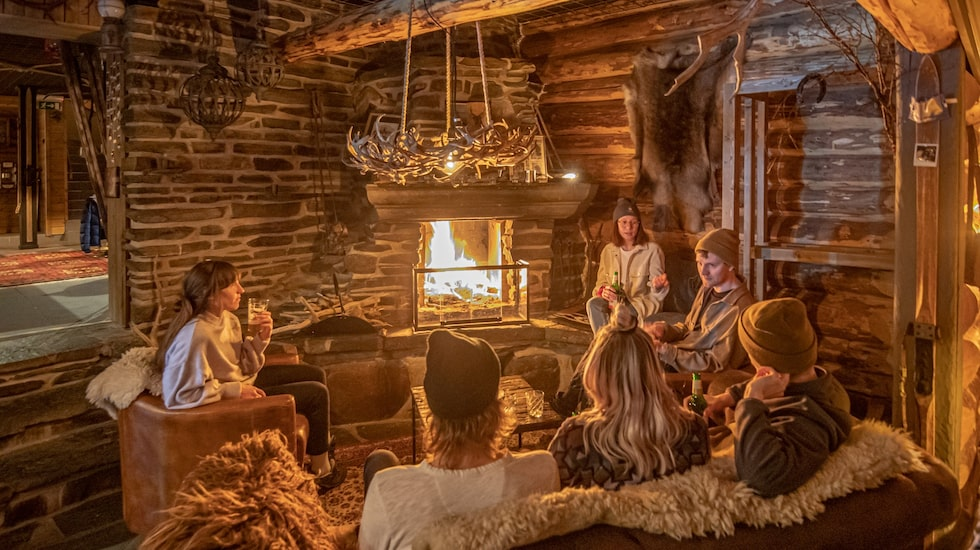 Det är lätt att trivas på Borgagårdens saloon.