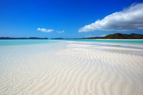 Whitsundayöarna (Pingstöarna) utanför Queenslands kust, vackraste ögruppen i Australien och Stilla havet.