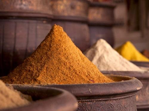 Curry innehåller gurkmeja.