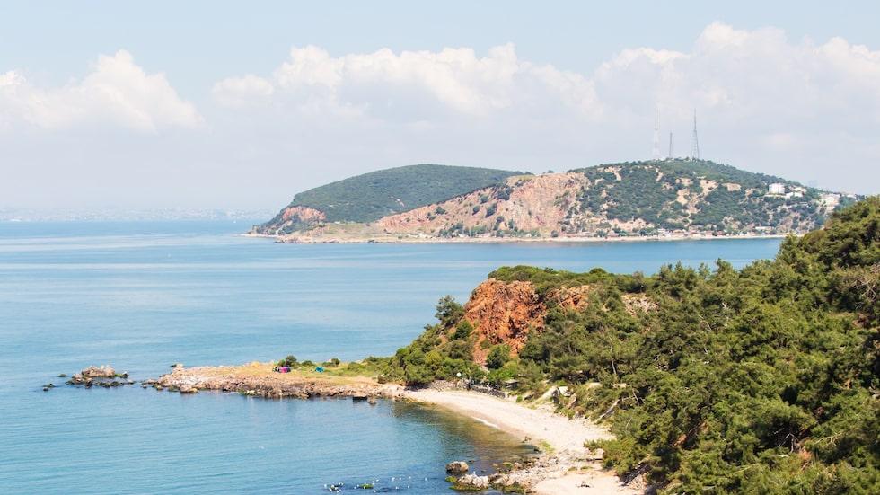 Naturskönt på Büyükada, en av de nio prinsöarna i Turkiet.