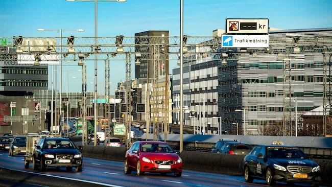 Transportstyrelsen fortsätter sin omställning och ska skicka allt fler påminnelser om trängselskatt digitalt.