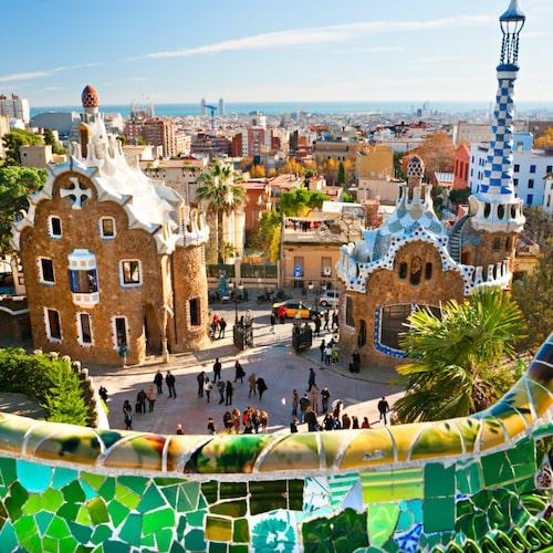 Barcelona är svenskarnas favorit för sol- och stadssemester.