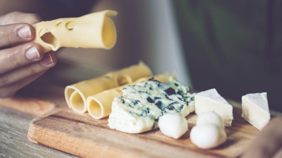 Är ost nyttigt eller inte? Allt beror på vilken du väljer och i vilka mängder. Här reder vi ut vilken typ av ost du ska satsa på.