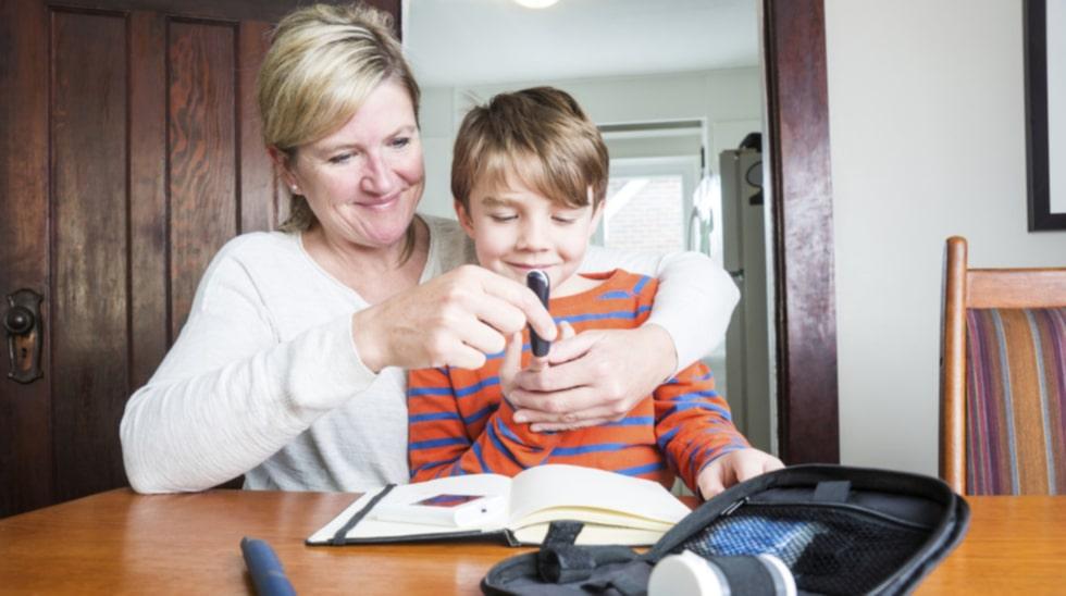 Läkare varnar nu för att LCHF-kost kan vara farligt för barn med diabetes.Bilden är en genrebild.
