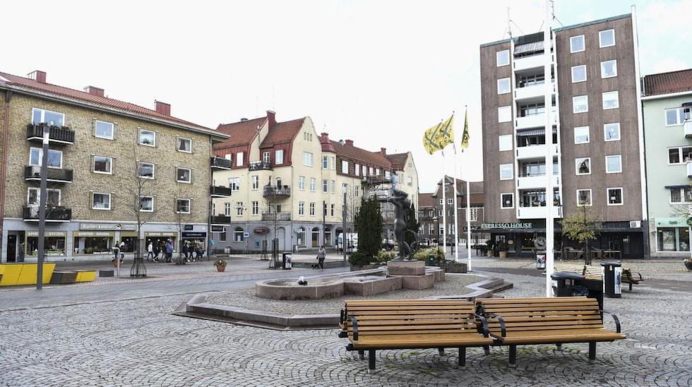 En fördel med Hässleholm är att det är en pendlingsstad, så det är lätt att åka därifrån.
