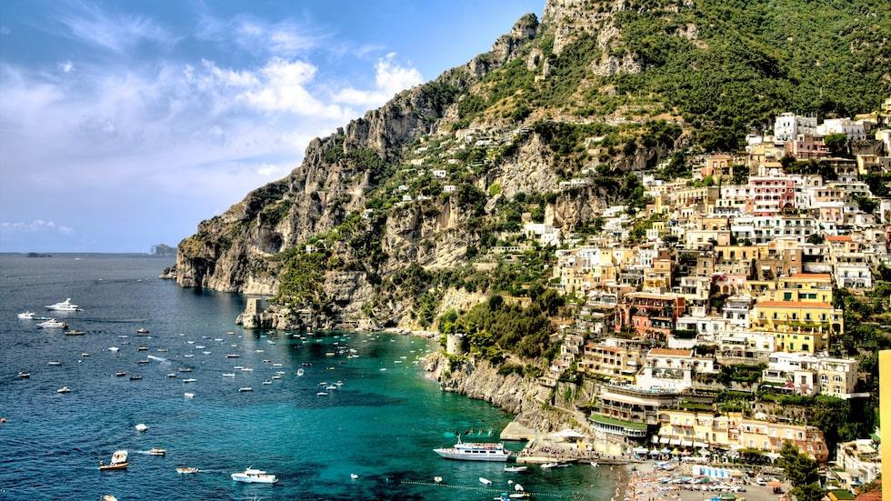 Lyxiga Capri på Italien bjuder på pittoreska byar och underbara vyer.