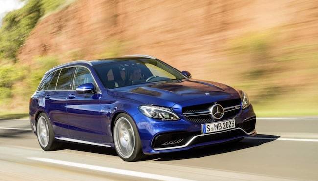...Följt av Mercedes.