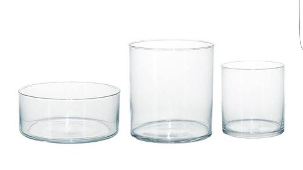 """""""Cylinder"""" heter det här setet om tre glasvasar från Ikea för 199 kronor."""