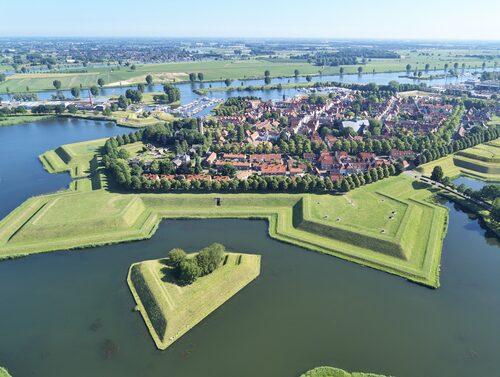 134 byggnader i Heusden är listade som monument.