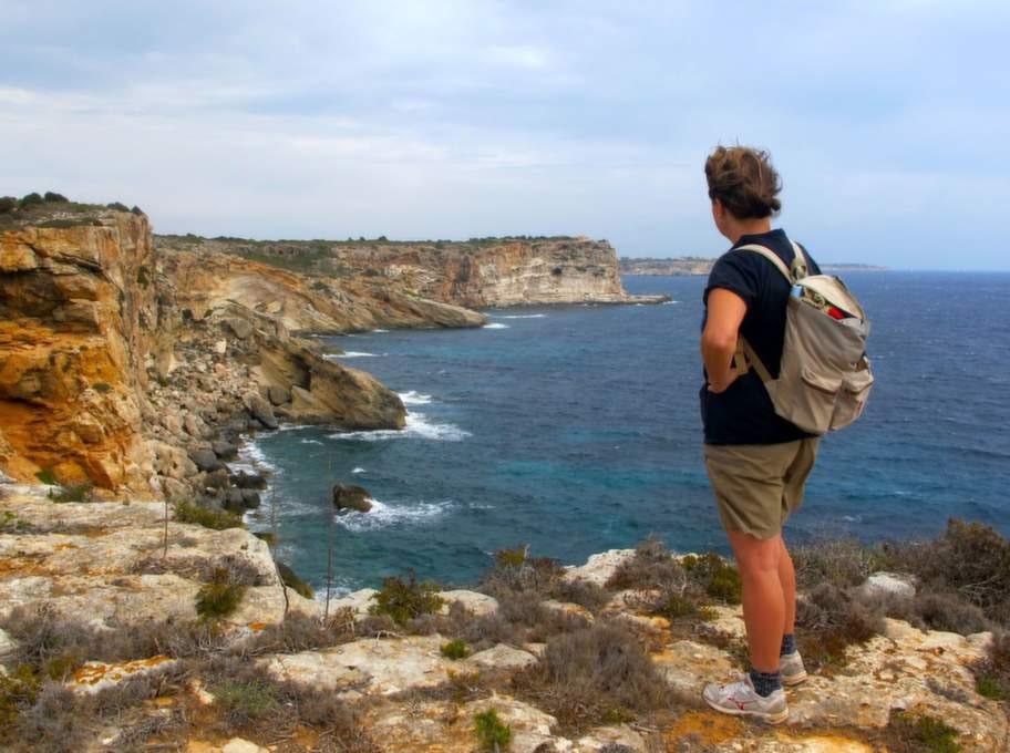 Mallorca, Spanien. Njut av storslagen utsikt på Mallorcas många vandringsleder.