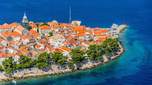 Korčula är lika sagolik som Dubrovnik, men med sandstränder.