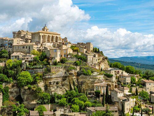 Gordes är en av de vackraste bergsbyarna i Provence.
