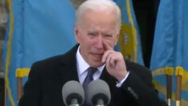"""Joe Biden i tårar på scenen: """"Emotionellt"""""""