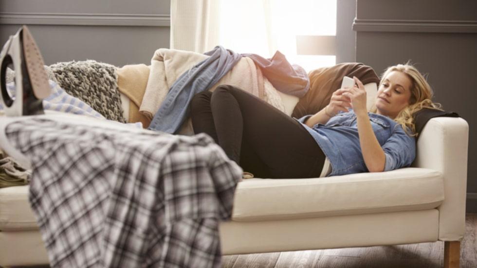 Ser ditt hem ut som en enda bedrövlig röra efter semestern? Här listar vi sju enkla sätt att bli av med kaoset snabbt