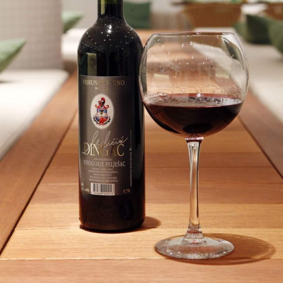 kroatien 100505   resreportage  rött vin från kroatien  foto cornelia nordström   scanpix code 8000   publicerad text: foto: cornelia nordström