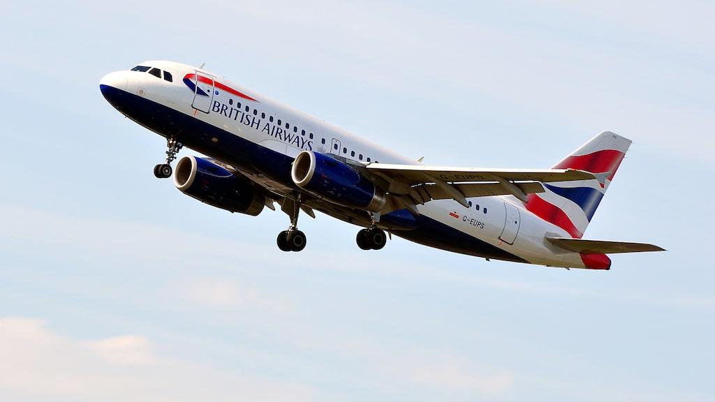 När piloten hälsade passagerarna välkomna till Edinburgh trodde passagerarna att det var ett skämt.